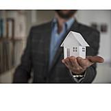 Wohnhaus, Immobilie, Eigenheim, Immobilienmakler
