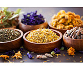 Naturheilmittel, Alternative Medizin, Naturheilverfahren, Lindenblüten