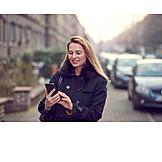 Geschäftsfrau, Mobile Kommunikation, Smartphone
