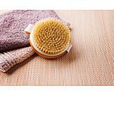 Hautpflege, Massagebürste