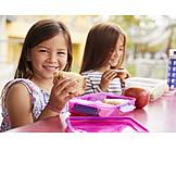 Essen, Schülerin, Pausenbrot