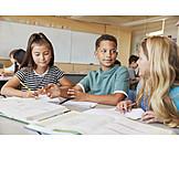 Zusammenarbeit, Schüler, Klassenzimmer