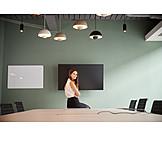 Geschäftsfrau, Warten, Präsentation