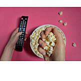 Essen, Fernsehen, Popcorn
