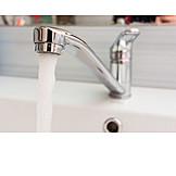 Wasser, Wasserhahn