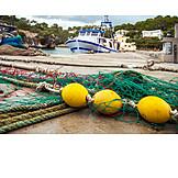 Fishing port, Fishing net