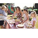 Kuchen, Kindergeburtstag, Buffet, Anschneiden