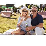Paar, Trinken, Sommer, Gartenparty