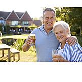 Trinken, Garten, Gemeinsam, Seniorenpaar