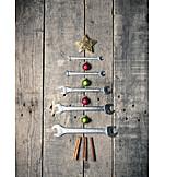 Adjustable wrench, Christmas