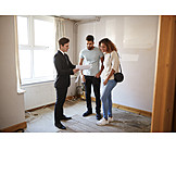 Housing Search, Brokers, Appartment Showing