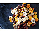 Mixture, Dried fruits