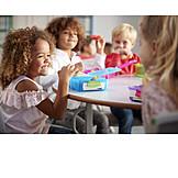 Gemeinsam, Kindergarten, Frühstücken