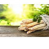 Weißer Spargel, Saisongemüse
