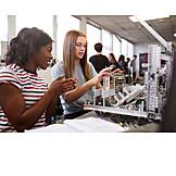 Forschung, Schülerinnen, Robotik