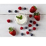 Fruits, Yogurt, Dessert