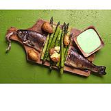 Grüner Spargel, Forelle, Fischgericht