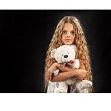Teenager, Mädchen, Spielzeug, Teddy, Teddybär, Kuscheltier, Stoffbär