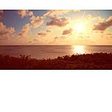 Sunrise, Sea