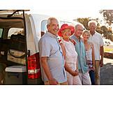 Senioren, Gruppenbild, Autoreise, Urlaubsbeginn