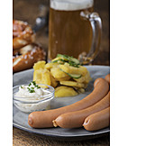 Kartoffelsalat, Würstchen