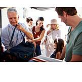 Familie, Generation, Reisegepäck, Autoreise, Verstauen