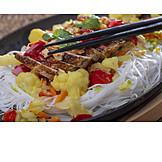 Asiatische Küche, Mahlzeit, Reisnudel