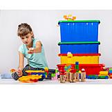 Mädchen, Kinderspielzeug, Spielen