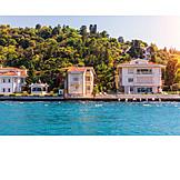 Property, Bosphorus