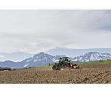 Landwirtschaft, Traktor, Sämaschine