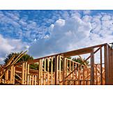 Hausbau, Holzarchitektur, Holzrohbau
