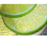 Mineralwasser, Erfrischend, Limettenscheibe