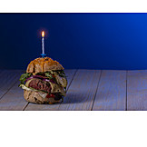 Birthday, Hamburger