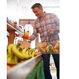 Fruit, Choosing, Grocery Store