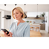 Frau, Mobile Kommunikation, Smartphone