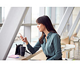 Mobile Kommunikation, Flughafen, Warten