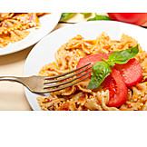 Sauce, Pasta, Tomatensauce, Farfalle, Nudeln