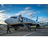 Airplane, Airport, Airline, Ryanair