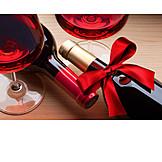 Geschenk, Rotwein, Rotweinflasche