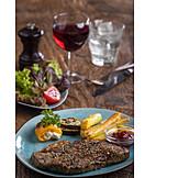 Rotwein, Abendessen, Fleischgericht