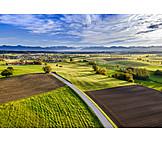 Landwirtschaft, Straße, Felder, Oberbayern
