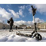 Winter, Pedestrian, Pariser Platz