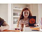 Mädchen, Halloween, Bastelarbeit