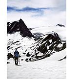 Snow, Hike