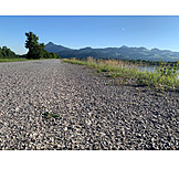 Gravel path, Gravel road