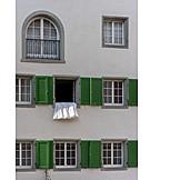 House, Duvet, Airing